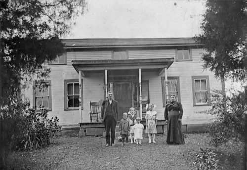 william henry and dora sprouse lattea with family in oh